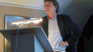 Ton van Kalmthout bijzonder hoogleraar Nederlandse letterkunde